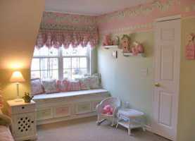 Carino Camerette Shabby Chic Per Bambini Camerette ~ Love The Iron Bed! Even Tho This Is A Little Girl